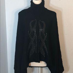 Le Temps Des Cerises Turtleneck Sweater Poncho